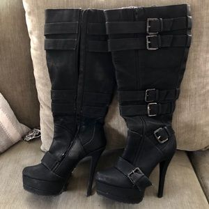 Bakers tall buckled boots